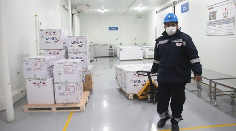 Minsa distribuye más de 2 millones de dosis de la vacuna contra la COVID-19 a las regiones del Perú